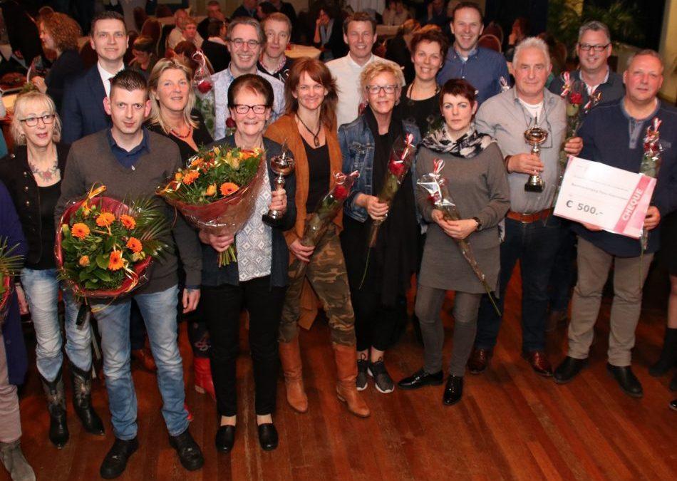Volop prijzen tijdens de Zilveren Duim uitreiking in Heerenveen