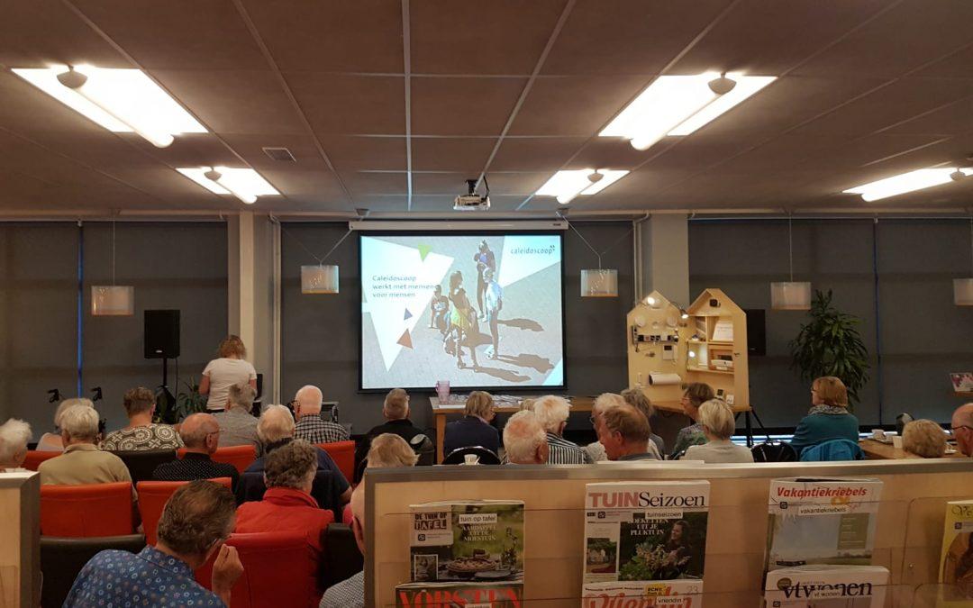 Goed bezocht Seniorencafé in de bibliotheek van Heerenveen
